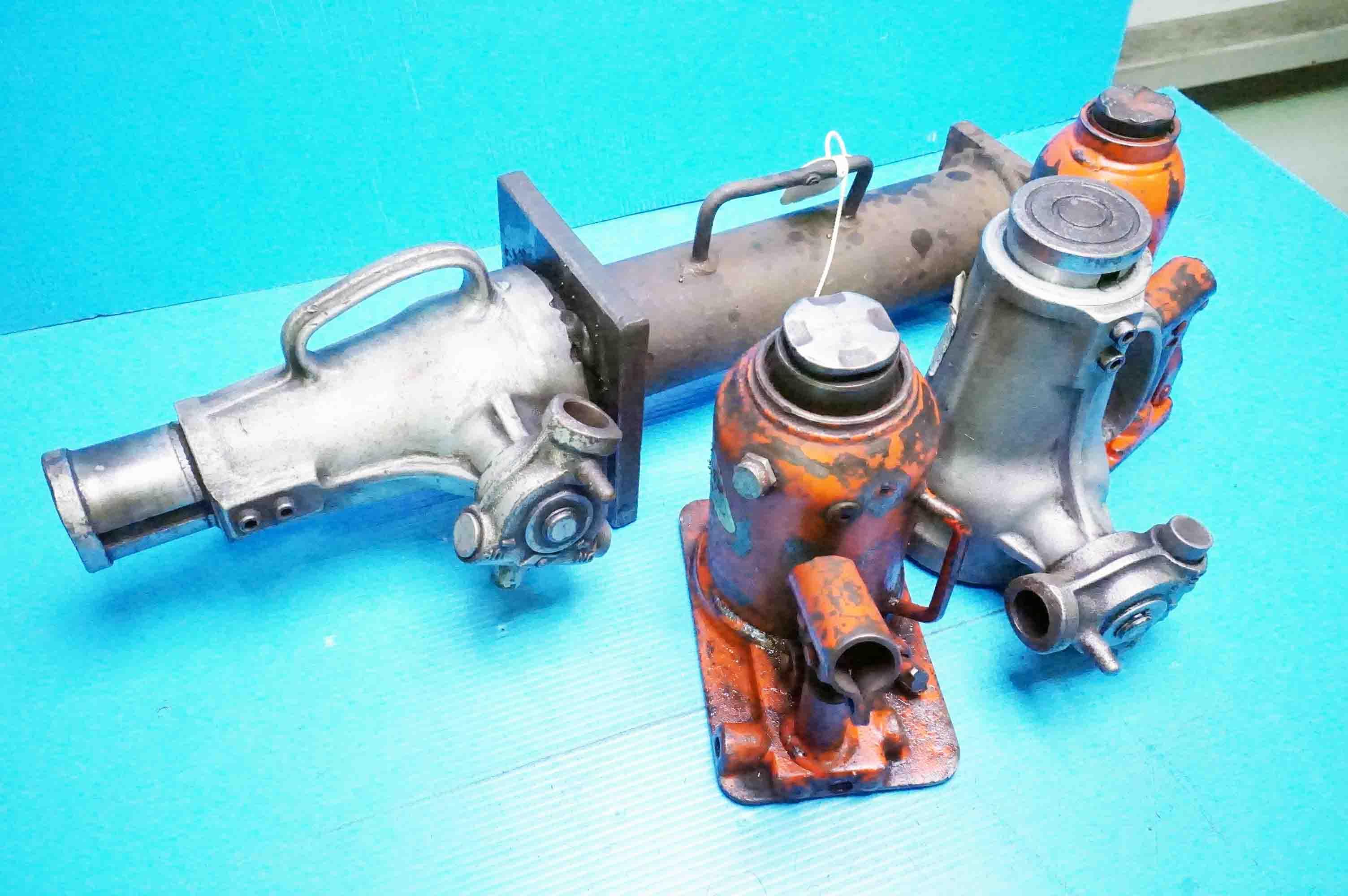 油圧ジャッキ (891205KIY-16)の画像