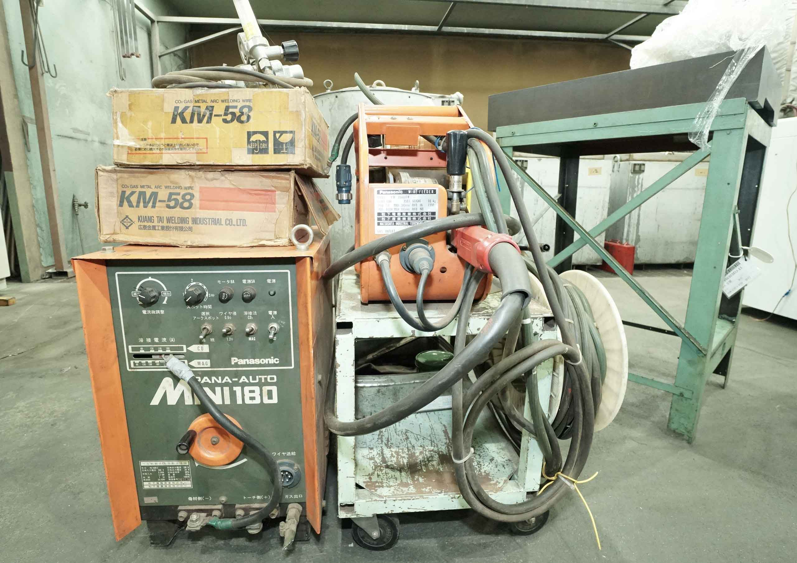 Automatic welding machine PANASONIC YD-180R-2の画像
